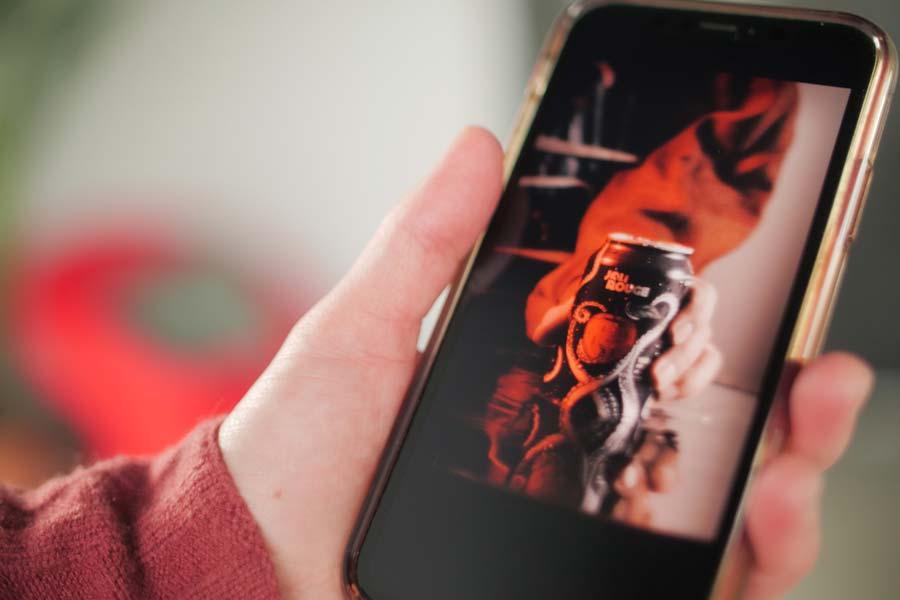 vidéo sur cellulaire cidre joli rouge